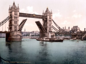 London-TowerBridge-1900-Closed