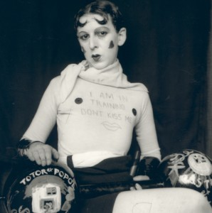hda-10--Claude_Cahun__1927._Courtesy_of_the_Jersey_Heritage_Collections - copie