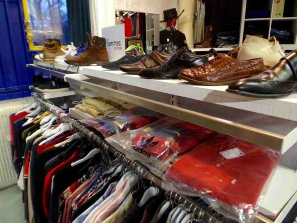sortie-friperie-interieur-chaussures2019-USK