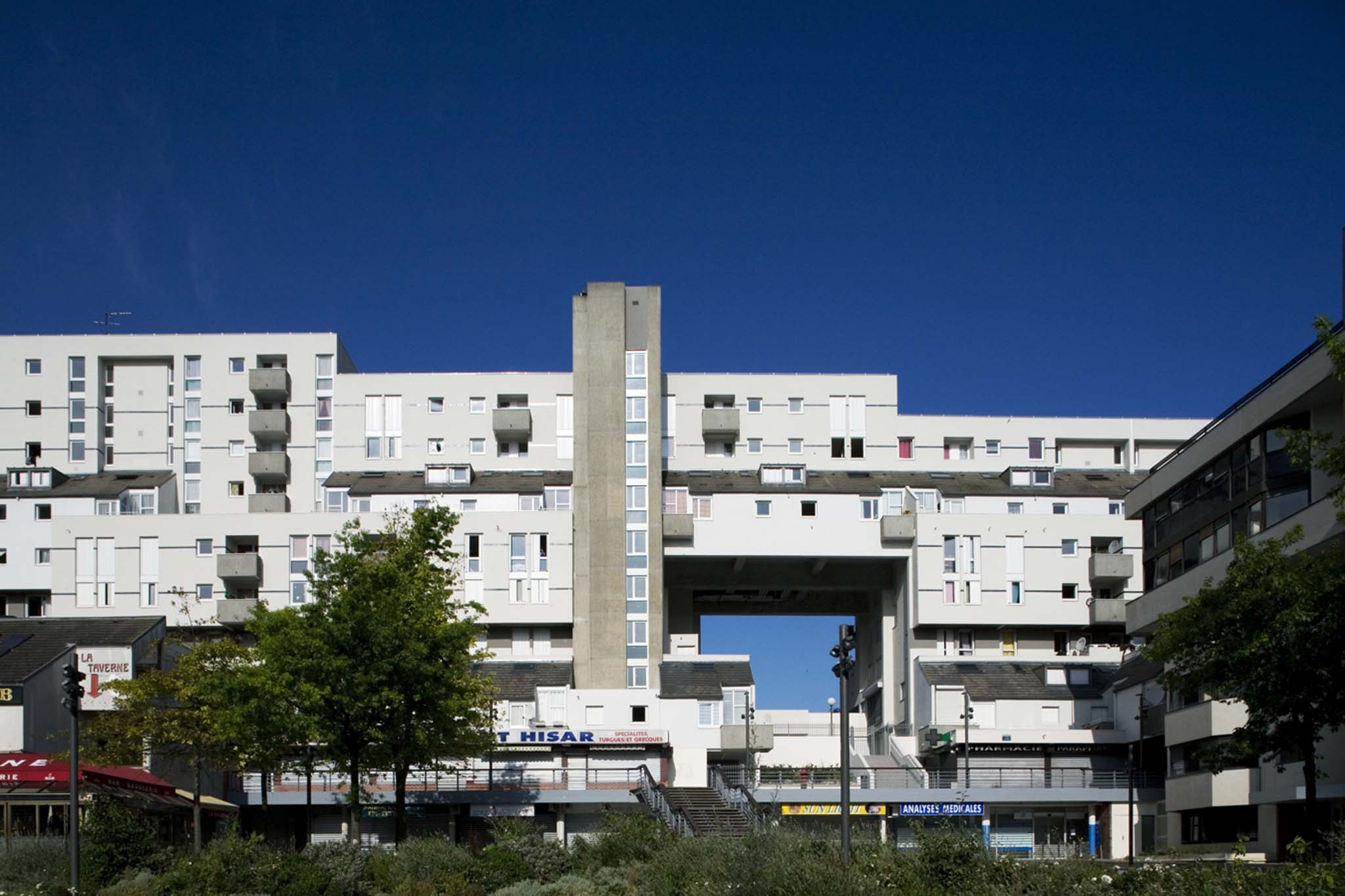 Sortie USK « architecture remarquable » à Evry, Samedi 6 mars 2021 @ devant le chef d'œuvre de l'architecte Pierre Riboulet.-coté cours Blaise pascal | Évry-Courcouronnes | Île-de-France | France
